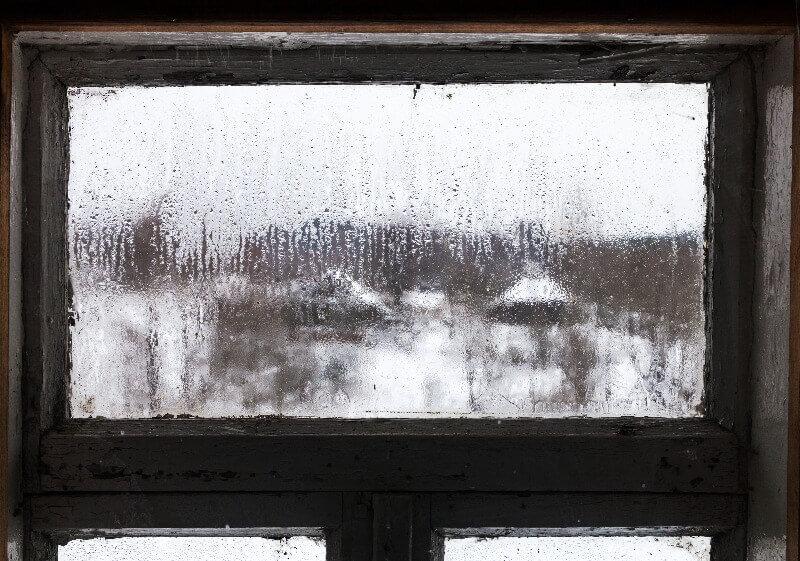 humedad-en-tu-vivienda-ventana