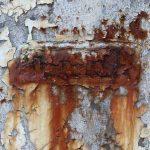 pared de casa con humedad